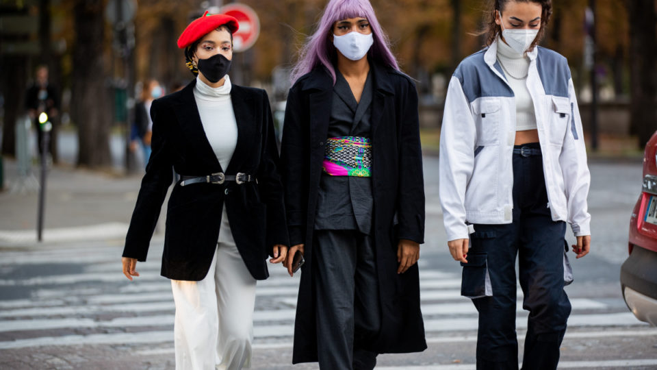 Guests seen outside Acne during Paris Fashion Week - Womenswear Spring Summer 2021 : Day Three seen on September 30, 2020 in Paris, France.
