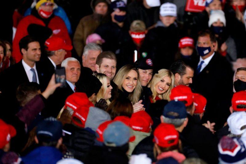 Trump kids rally no mask