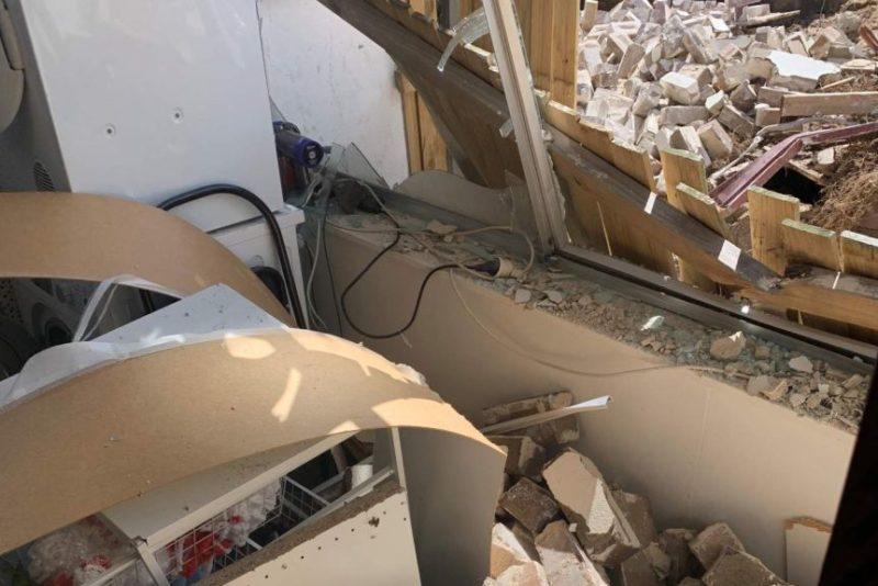 bondi wall collapse