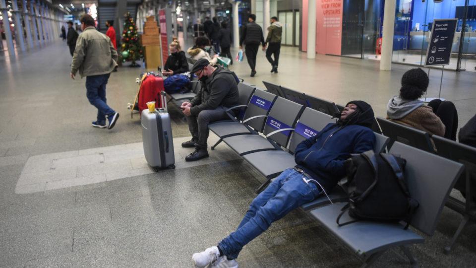 britain travel bans virus