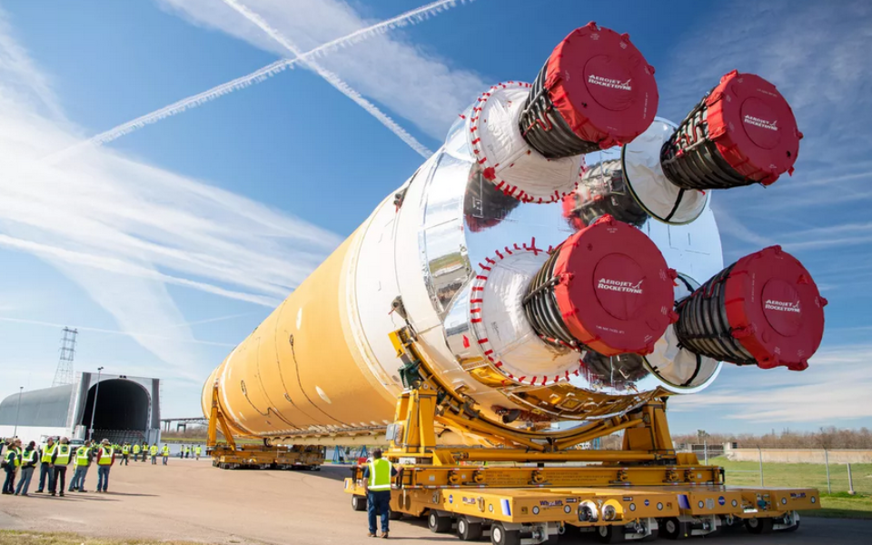 All systems go for test of NASA's four-engine monster 'megarocket' – The New Daily