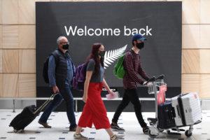nz travel australia states