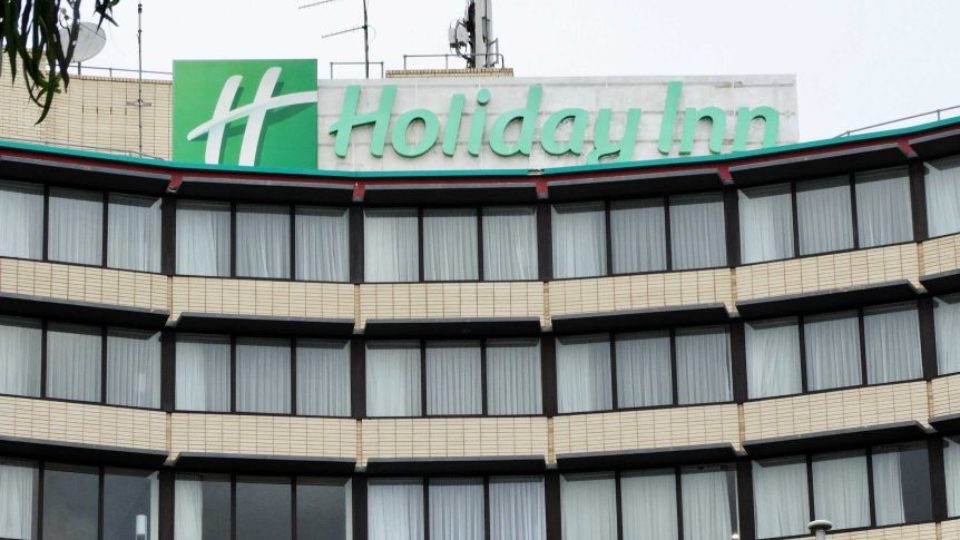 victoria holiday inn