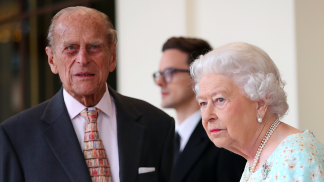 Queen Elizabeth pays tribute to ailing Prince Philip as royal rift continues