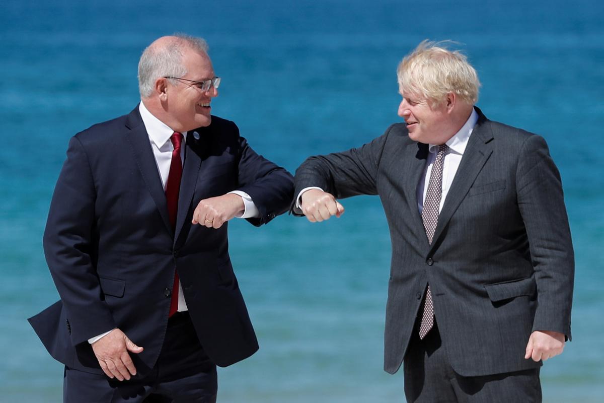 Prime Minister Scott Morrison greeting UK Prime Minister Boris Johnson.