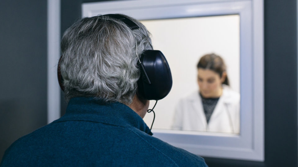Hearing aid test during Covid-19