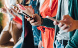 smartphone users addicted to their phones
