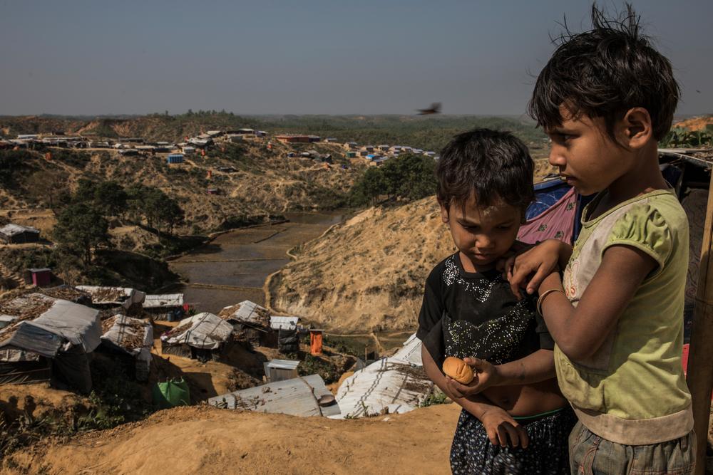 Two Rohingya children