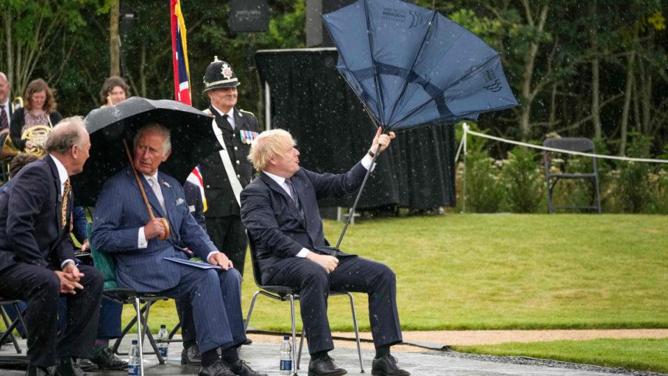 boris johnson umbrella