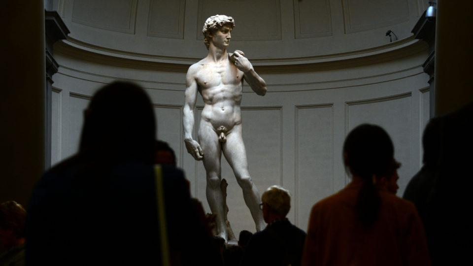 Statue of david michelangelo