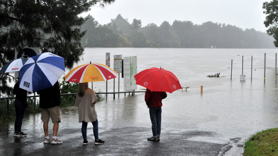 rainfall weather warning NSW Victoria